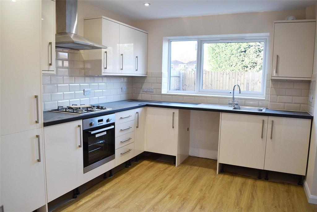 3 Bedrooms Detached House for sale in Doggett Street, Leighton Buzzard