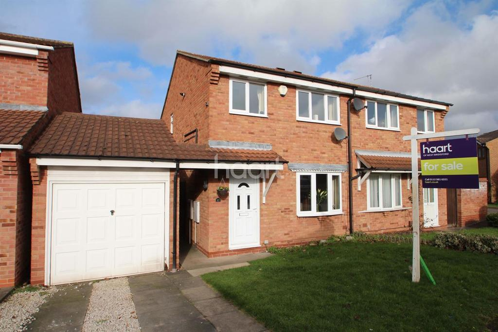 3 Bedrooms Semi Detached House for sale in Melford Hall Drive, West Bridgford,Nottinghamshire