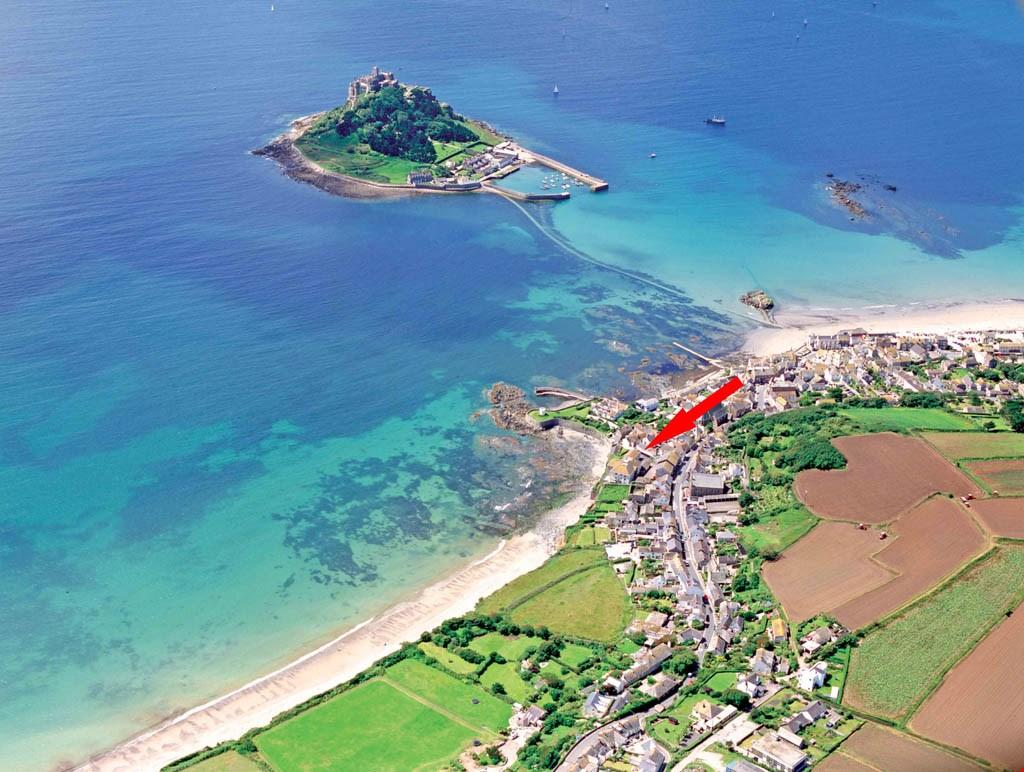 2 Bedrooms Apartment Flat for sale in Marazion seafront, West Cornwall, TR17