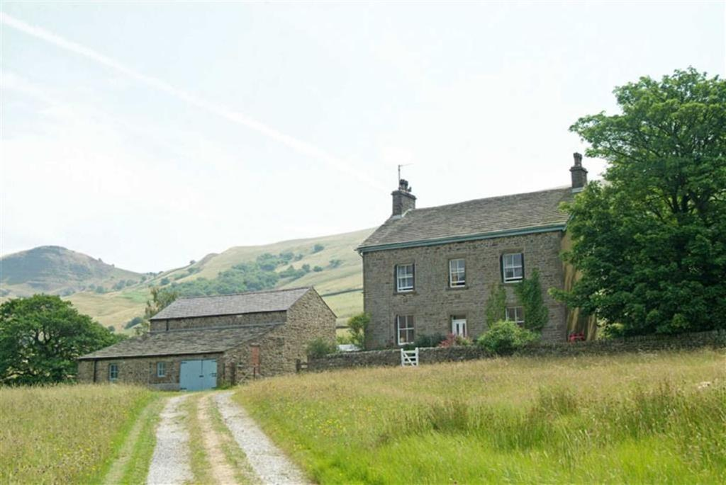 5 Bedrooms Detached House for sale in Lower Hollins Farm, Edale, Edale, Edale Hope Valley, Derbyshire, S33