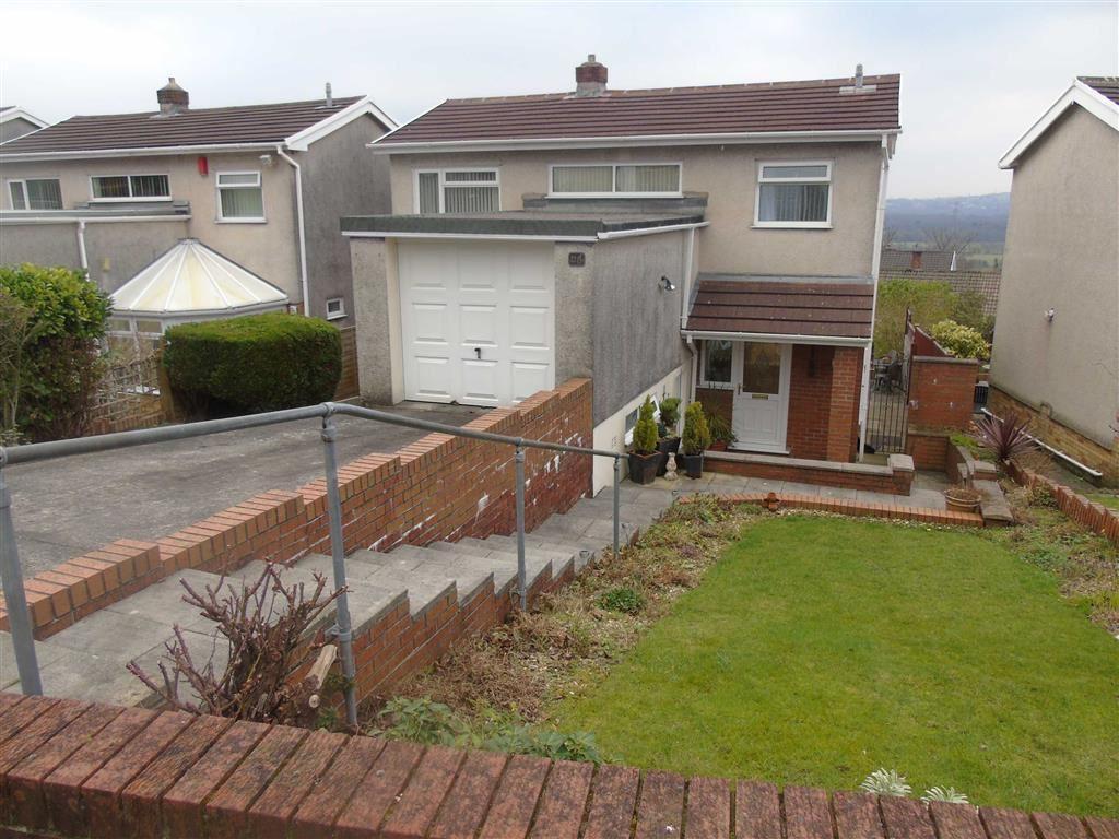 3 Bedrooms Detached House for sale in Bryntawe Road, Ynystawe, Swansea