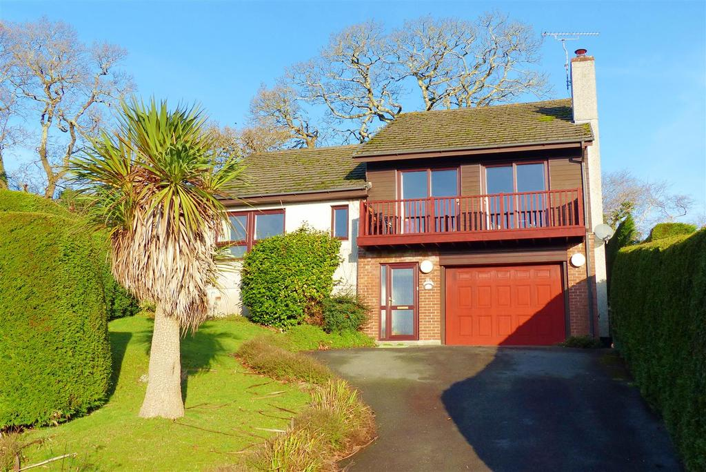 4 Bedrooms Detached House for sale in Tresillian