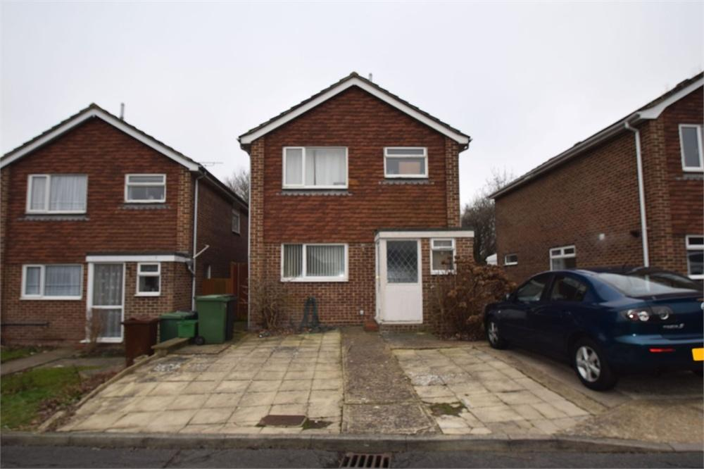 3 Bedrooms Detached House for sale in Swanley Close, Langney, East Sussex