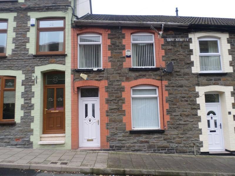3 Bedrooms Terraced House for sale in Taff Street, Blaenllechau, Ferndale