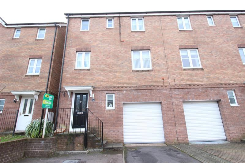 3 Bedrooms Semi Detached House for sale in Dan y Meio, Abertridwr, Caerphilly