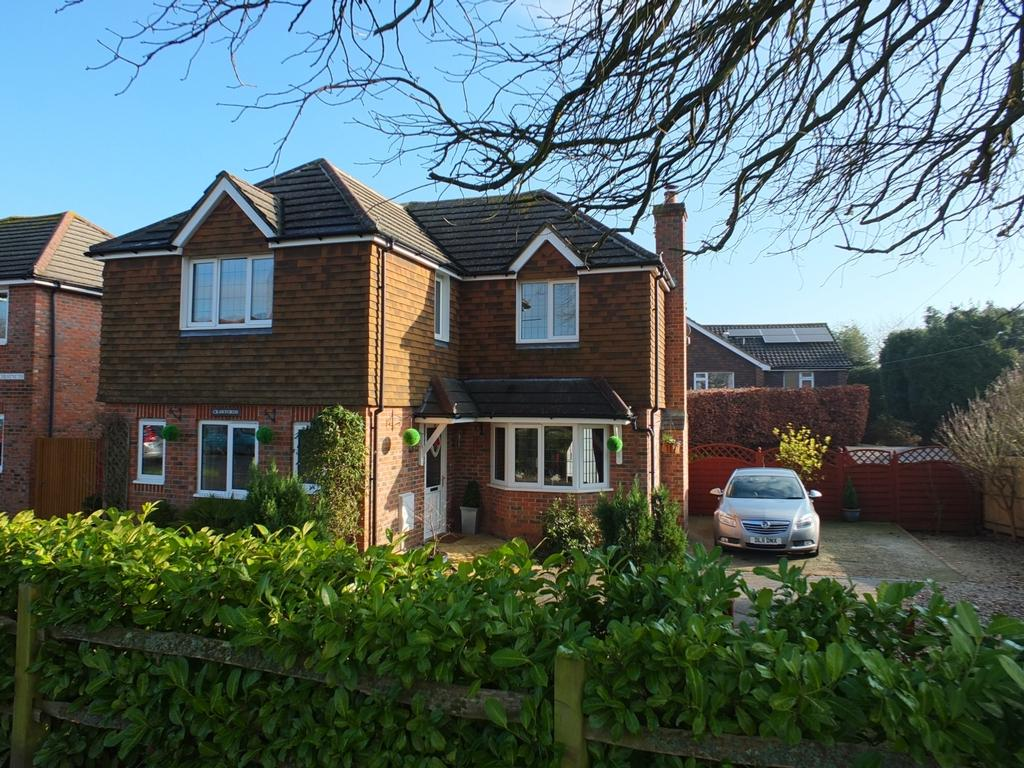 4 Bedrooms House for sale in Church Road, Scaynes Hill, RH17