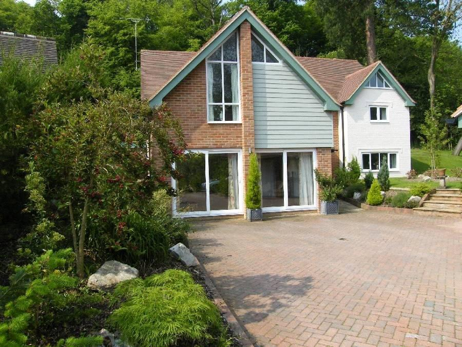 5 Bedrooms Detached House for sale in Pikes Hill Avenue, Lyndhurst, Hampshire