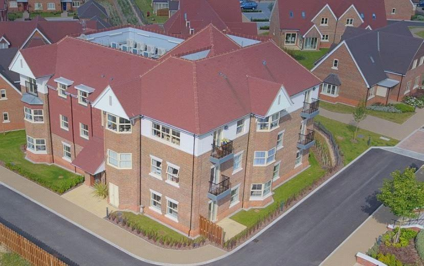 2 Bedrooms Retirement Property for sale in Martlet House, Durrants Village, Faygate Lane, Faygate, Horsham, RH12
