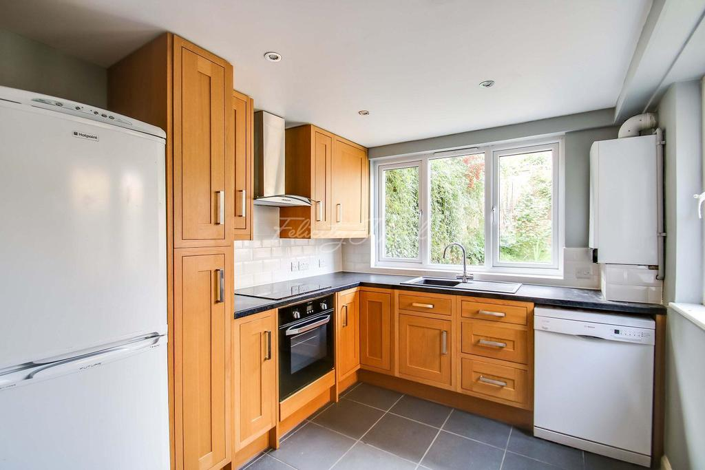 2 Bedrooms Terraced House for sale in Ormiston Road, Greenwich, London, SE10