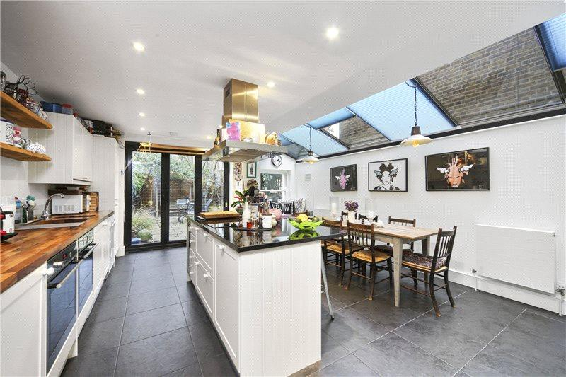 4 Bedrooms House for sale in Bloemfontein Avenue, London, W12