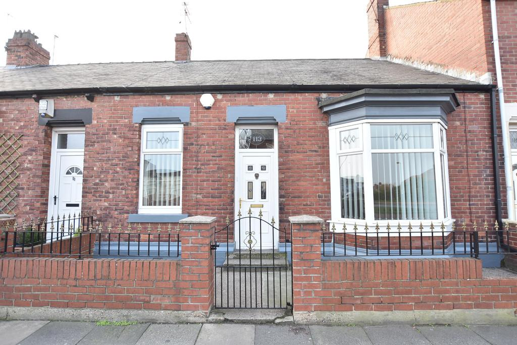 3 Bedrooms Terraced Bungalow for sale in Fulwell Road, Fulwell