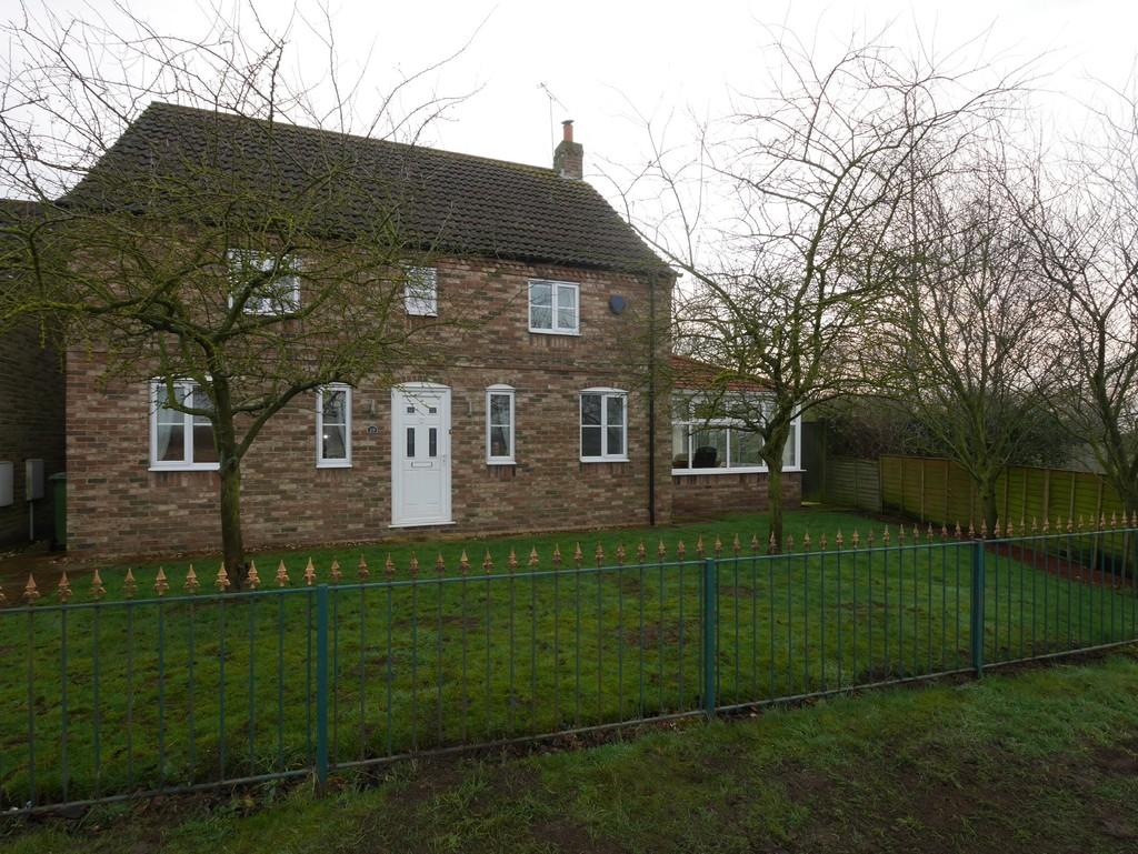 4 Bedrooms Detached House for sale in Blakeys Crossing Howden
