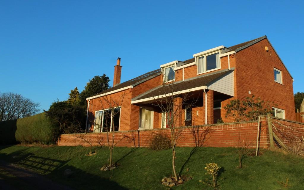 4 Bedrooms Detached House for sale in Mordon, Stockton-on-Tees