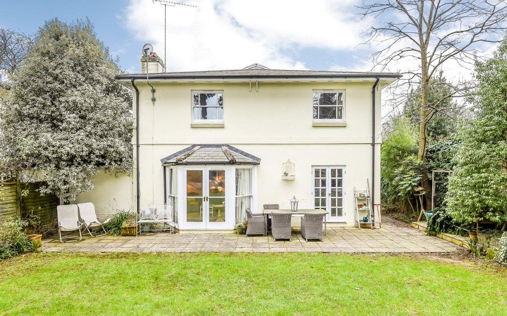 4 Bedrooms Detached House for sale in St. Cross Road, Winchester, Hampshire