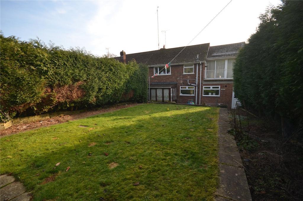 4 Bedrooms Semi Detached House for sale in Overdown Road, Tilehurst, Reading, Berkshire, RG31