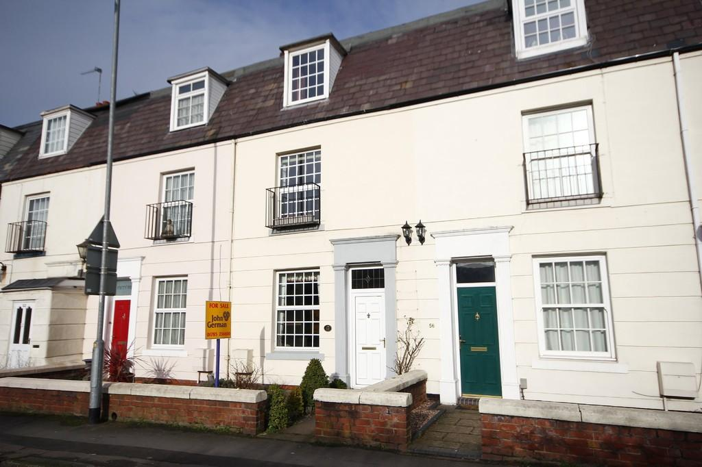 3 Bedrooms Terraced House for sale in Crooked Bridge Road, Stafford