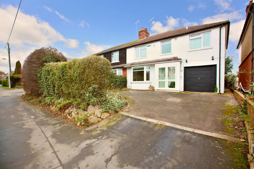 5 Bedrooms Semi Detached House for sale in Rickstones Road, WITHAM