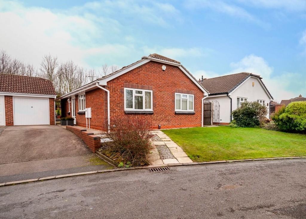 3 Bedrooms Detached Bungalow for sale in Water Orton Close, Toton