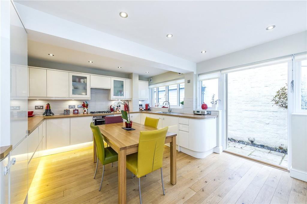 3 Bedrooms Mews House for sale in Bradley Mews, London, SW17