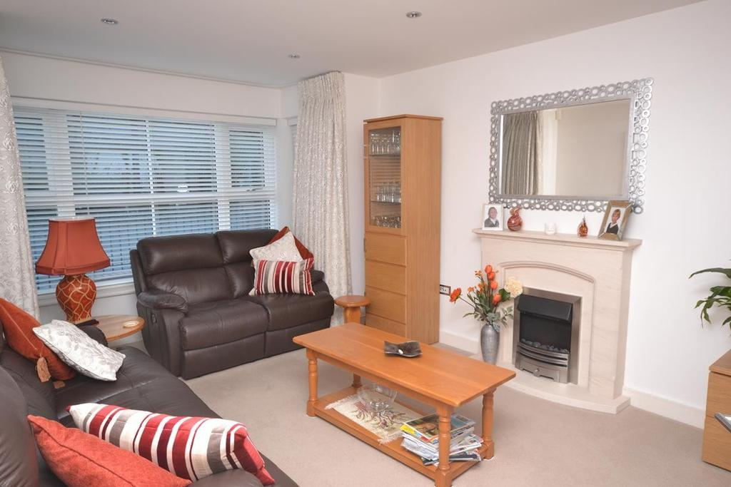 3 Bedrooms Detached House for sale in Usborne Mews, Writtle, Chelmsford, Essex, CM1