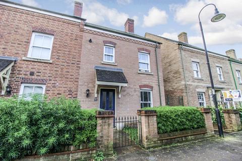 2 bedroom semi-detached house to rent - Aviemore Road, Swindon