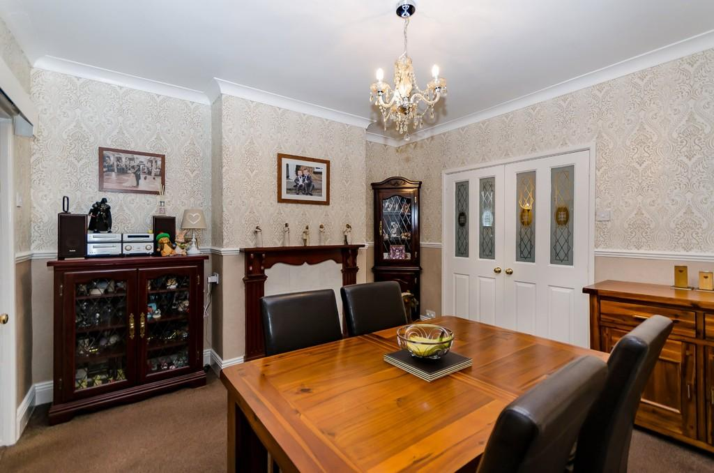 2 Bedrooms Terraced House for sale in Longacre, Castleford