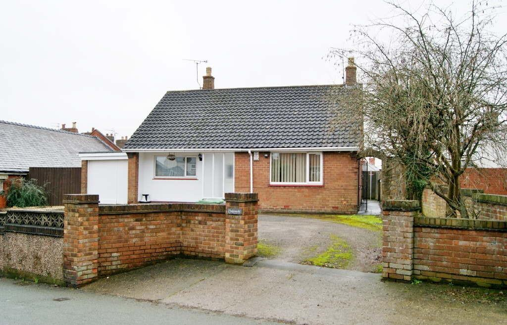 2 Bedrooms Detached Bungalow for sale in Fennant Road, Ponciau