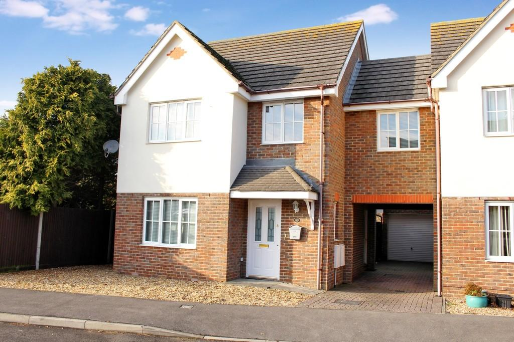 4 Bedrooms Link Detached House for sale in The Saplings, Holbury