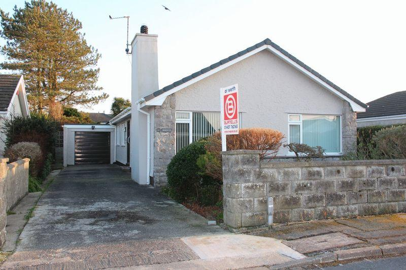4 Bedrooms Detached Bungalow for sale in Bryn Afon, Valley