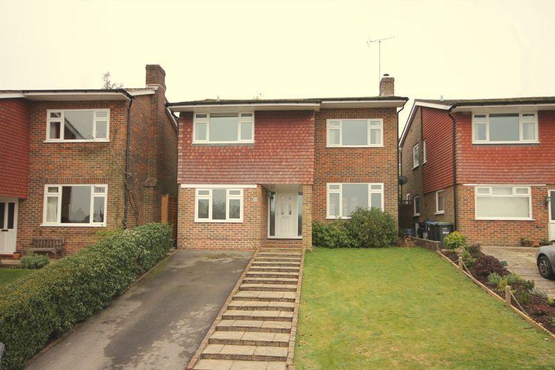 4 Bedrooms Detached House for sale in Cheeleys, Horsted Keynes, West Sussex