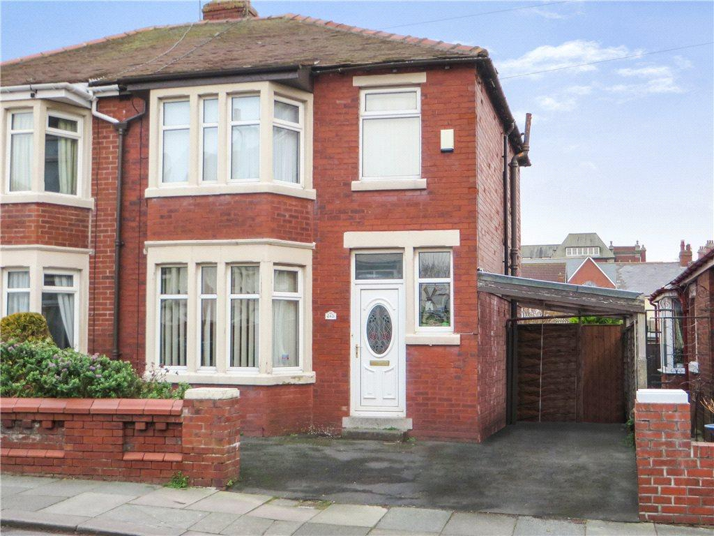 3 Bedrooms Semi Detached House for sale in Warbreck Drive, Bispham, Blackpool