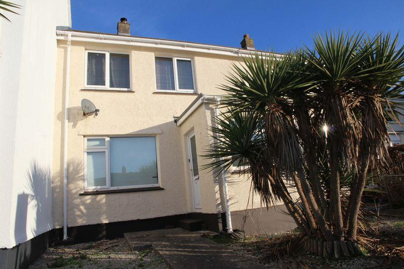 2 Bedrooms Terraced House for sale in Chynance Drive, Newquay