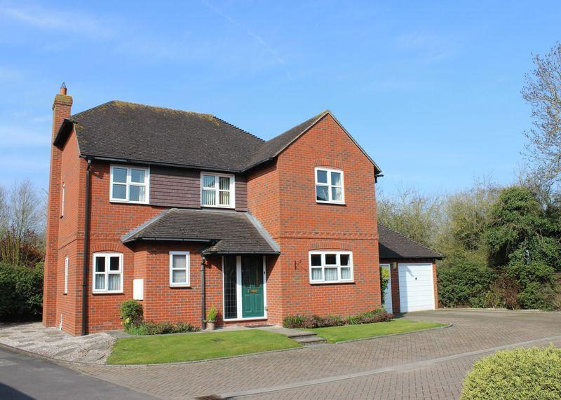 4 Bedrooms Detached House for sale in Canal Court, Wantage