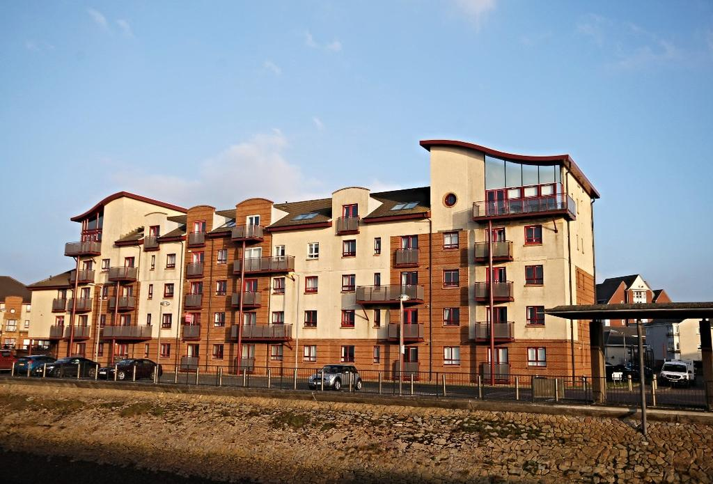 2 Bedrooms Ground Flat for sale in Donnini Court, South Beach Road, Ayr, Ayrshire, KA7 1JP