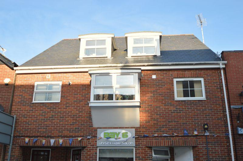 1 Bedroom Apartment Flat for sale in East Cowes, PO32 6QY
