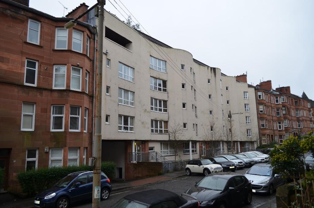 2 Bedrooms Flat for sale in Trefoil Avenue, Flat 3/2, Shawlands, Glasgow, G41 3PB