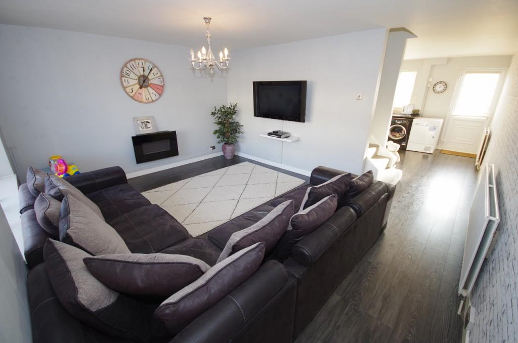 3 Bedrooms Terraced House for sale in Harold Square, Hendon, SR2