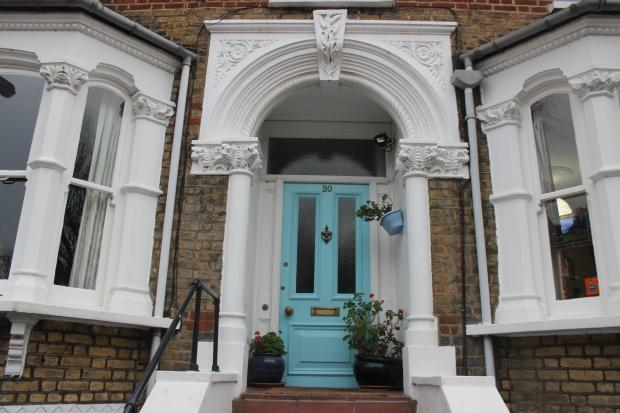 5 Bedrooms Terraced House for sale in Hugo Road, London, N19