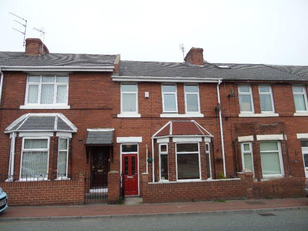 3 Bedrooms Terraced House for sale in WARWICK TERRACE, SILKSWORTH, SUNDERLAND SOUTH