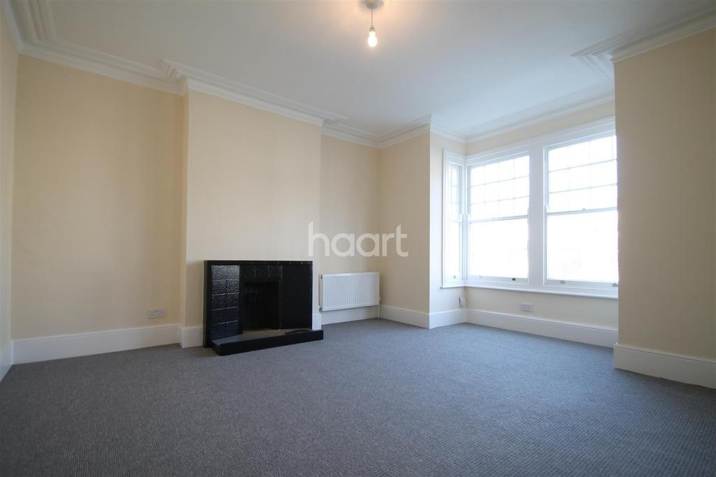 3 Bedrooms Apartment Flat
