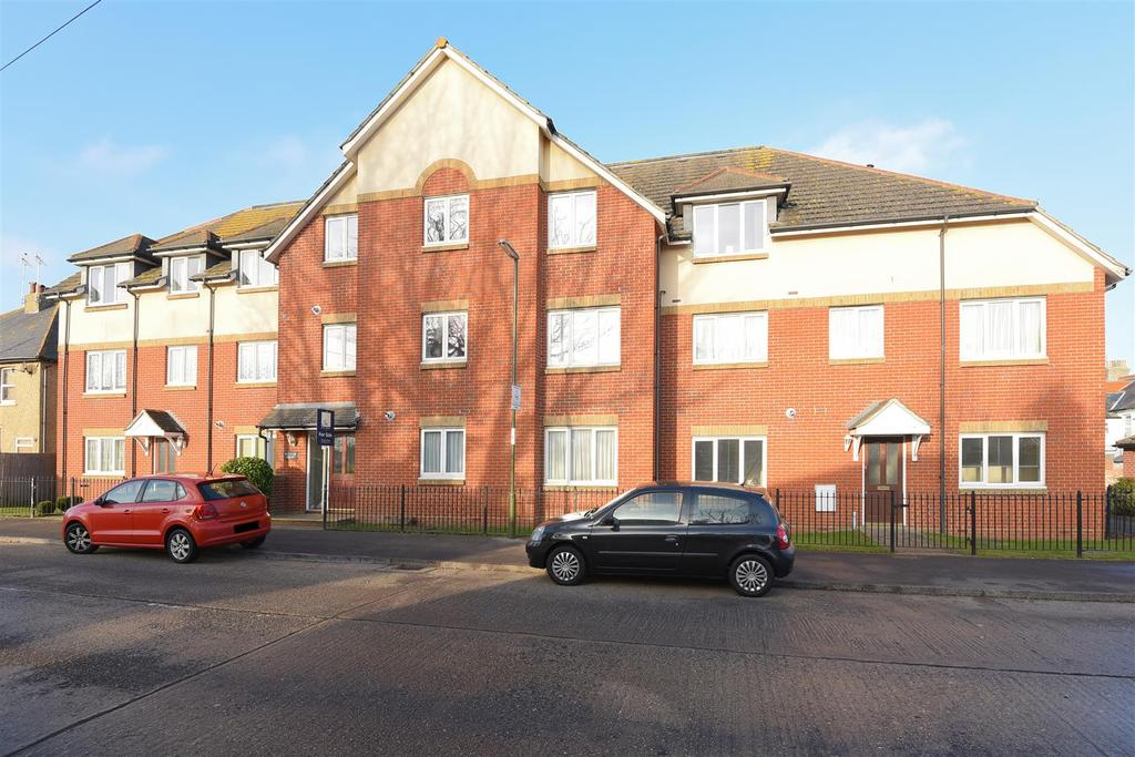 2 Bedrooms Apartment Flat for sale in Westloats Lane, Bognor Regis