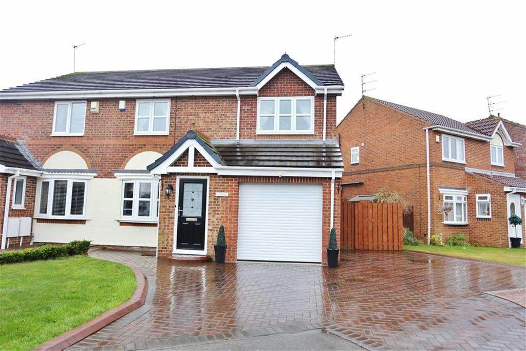 3 Bedrooms Semi Detached House for sale in Berryfield Close, The Downs, Sunderland, SR3