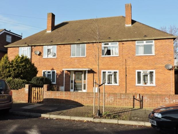 2 Bedrooms Apartment Flat for sale in Franks Avenue New Malden