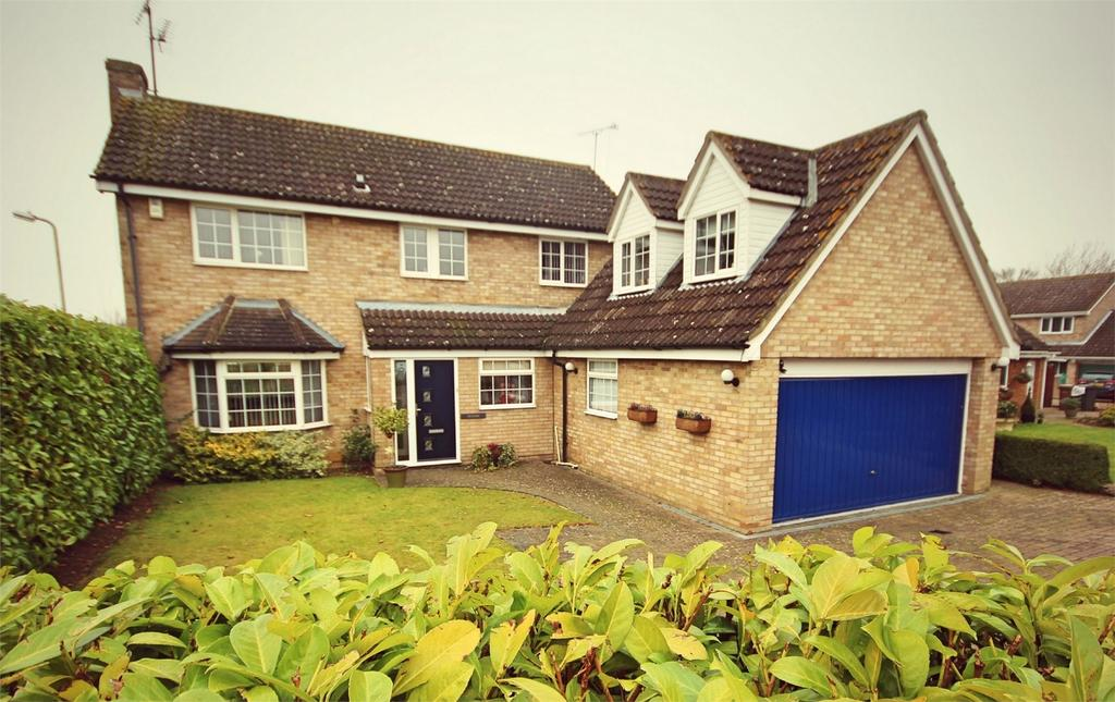 5 Bedrooms Detached House for sale in Micawber Way, CHELMSFORD, Essex