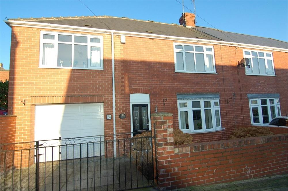 4 Bedrooms Semi Detached House for sale in Cross Street, Hoyland Common, Barnsley