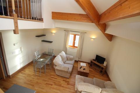 2 bedroom flat to rent - 24 Sovereign House, Milford Marina SA73 3AJ