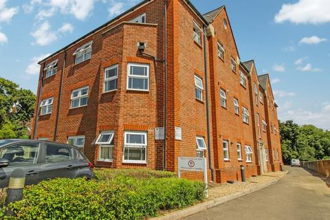 2 bedroom apartment to rent - The Pinnacle, Horder Mews, Old Town