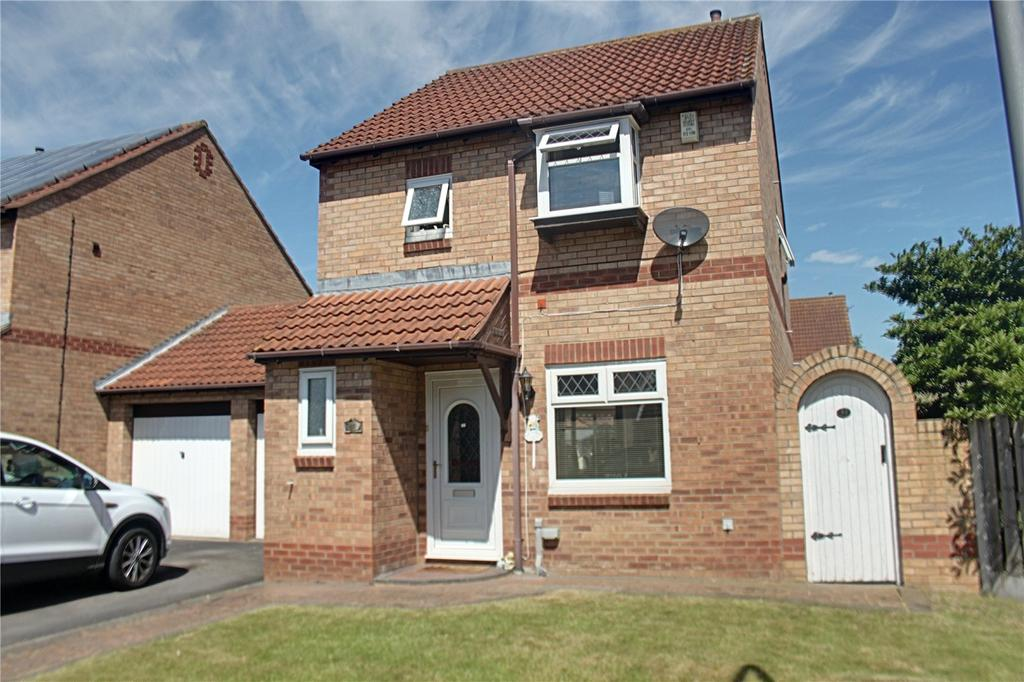 3 Bedrooms Link Detached House for sale in Kirknewton Grove, Ingleby Barwick