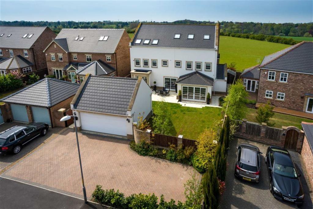 6 Bedrooms Detached House for sale in Portchester Close, Ingleby Barwick, Cleveland