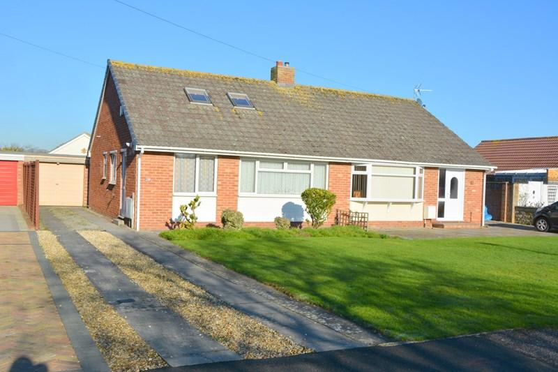 3 Bedrooms Semi Detached Bungalow for sale in Westfield Road, Burnham-On-Sea